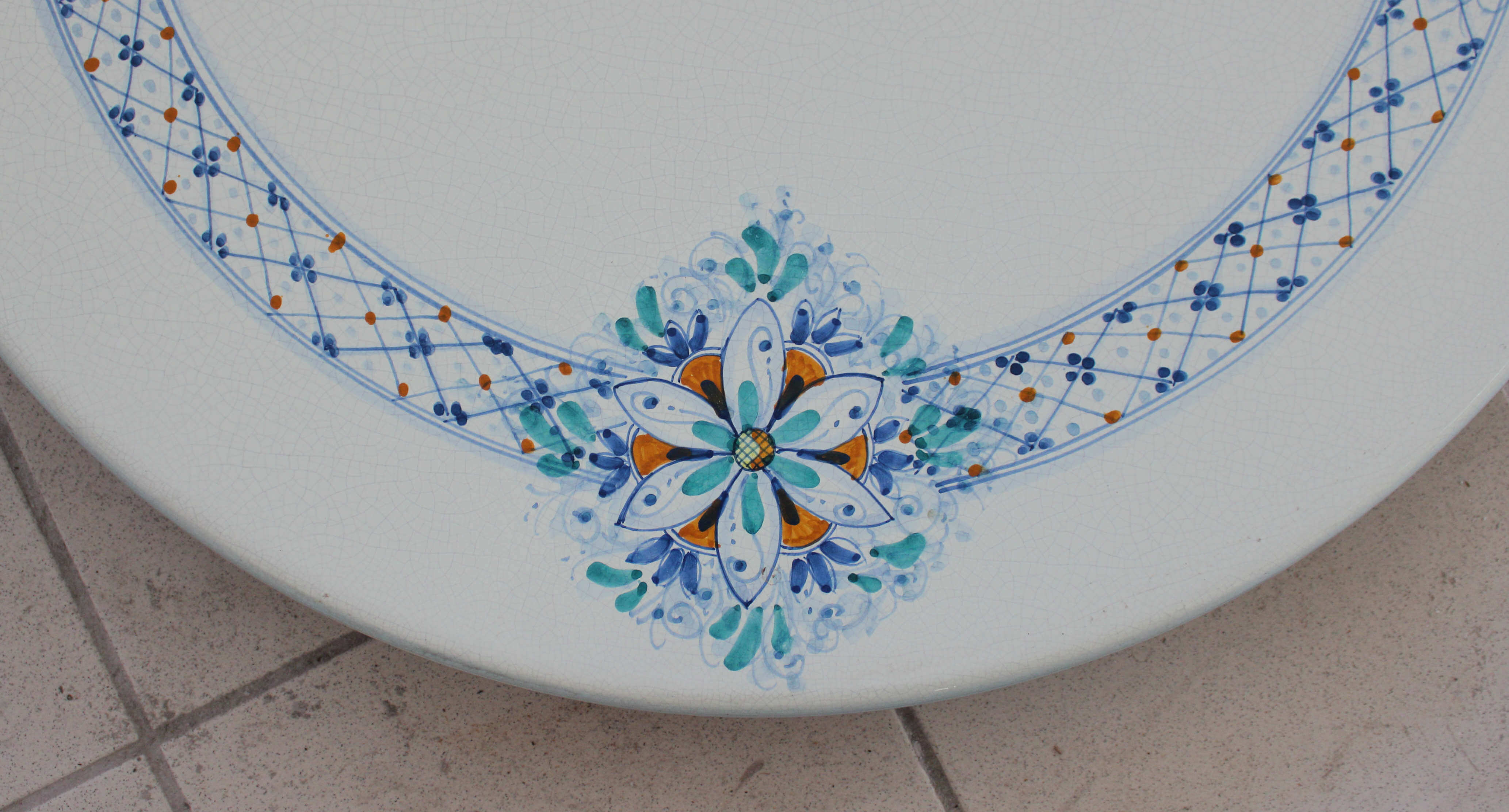 table-round-5-99 detail #2